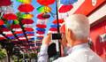 103 metrelik şemsiyeli sokak