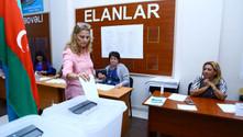Azerbaycan referandum için sandık başına gitti
