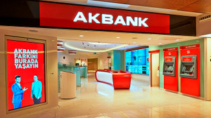 Akbank'tan 3,7 milyar TL'lik kâr