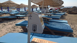 Şemsiyeye kilitli kasa yaptı, plajlara inovasyonla inecek