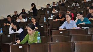 Kapatılan üniversitelerin öğrencileri için yeni ücretler belirlendi