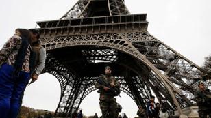 Fransa'da olağanüstü hal beşinci kez uzatıldı