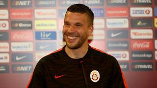 Çin kulübü Podolski için Galatasaray'ın kapısını çaldı