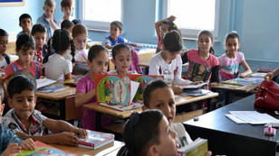 Suriyeli çocuklar için 56 okul yapılacak