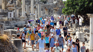 Türkiye turizm gelirlerinde ilk 10'da