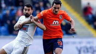 Medipol Başakşehir zirve yarışında 2 puan kaybetti