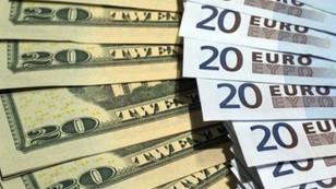 Dolar serbest piyasada 3.58'den açıldı