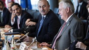 Tillerson'un ziyaretinde Rakka konuşulacak