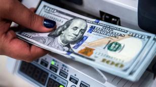 Dolar haftaya yatay başladı