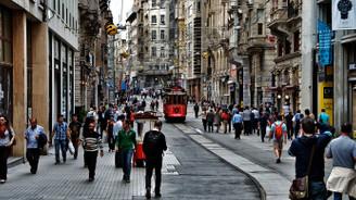 Taksim'in simgesi tadilata giriyor