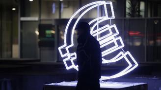 Euro Bölgesi'nde ekonomik güven beklentinin aksine düştü