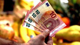 Euro Bölgesinde yıllık enflasyon 1,9'a yükseldi