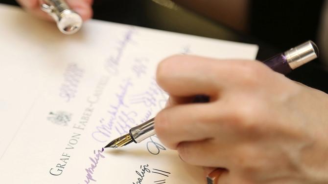 Sevgilerini dolmakalemle yazdılar