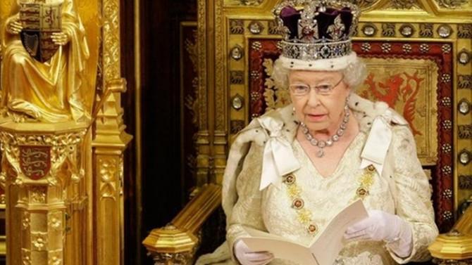 Kraliçe, sosyal medyacı uzmanı arıyor