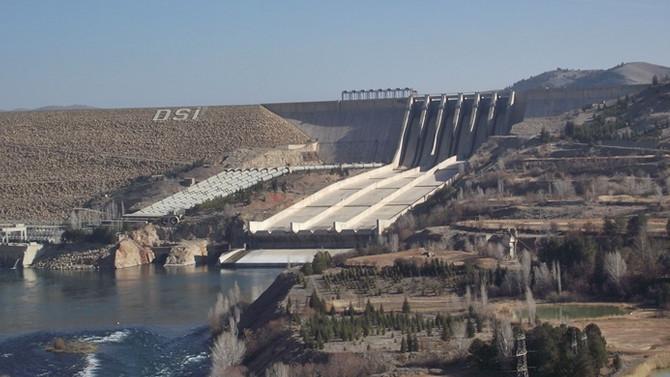 Keban, Karakaya ve Atatürk HES'lerde elektrik üretimi arttı