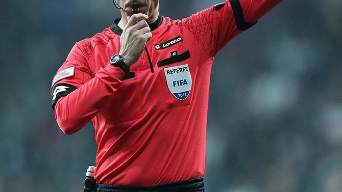 UEFA Avrupa Ligi'nde hakemler belli oldu