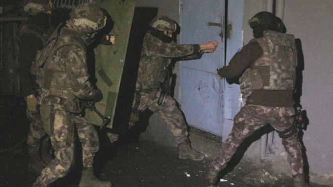 İstanbul'da şafak vakti operasyon