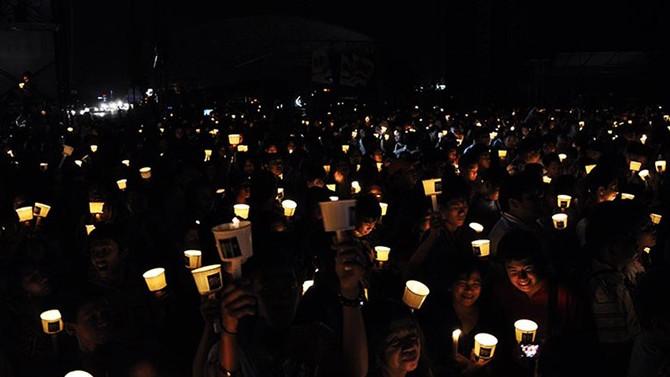 Işıklar cumartesi akşamı Dünya için kapanıyor