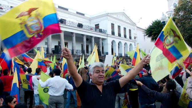 Ekvador'da 1,3 milyon oy yeniden sayılacak
