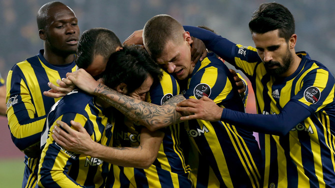 Fenerbahçe'de derbi öncesi sakatlık