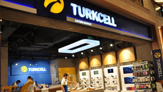 Turkcell'den mağazalarına 540 milyon liralık yatırım