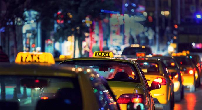 Taksilerde 'indi bindi' ücreti bugün resmen başlıyor