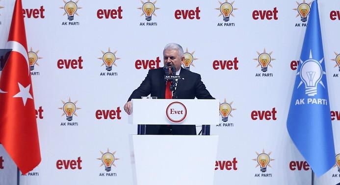 AK Parti 'referandum' startını verdi
