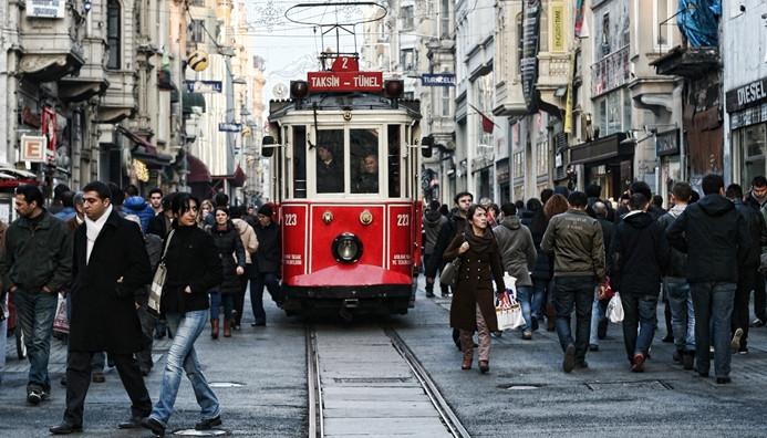 Nostaljik tramvayın seferlerine 6 ay ara verildi
