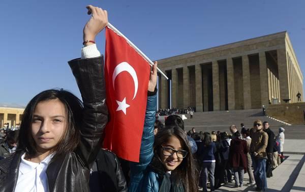 Türkiye Cumhuriyeti 90 yaşına bastı