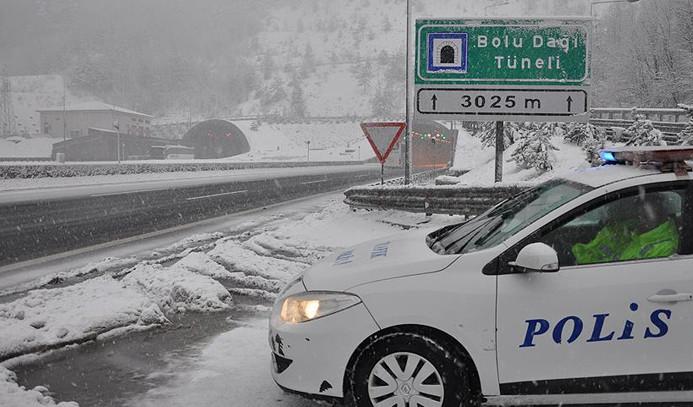 Bolu Dağı'nda kar yoğunluğu arttı