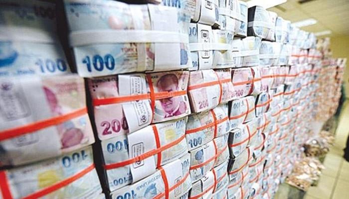 Bütçe kasımda 10 milyar lira fazla verdi