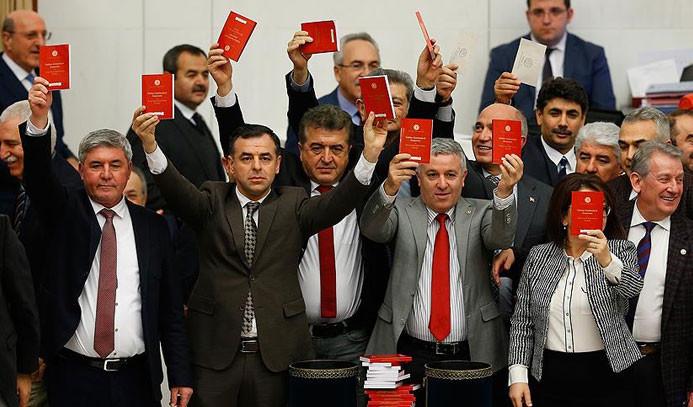 Anayasa için en çok CHP konuştu