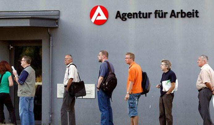 Almanya'da işsizlik rekor seviyede geriledi