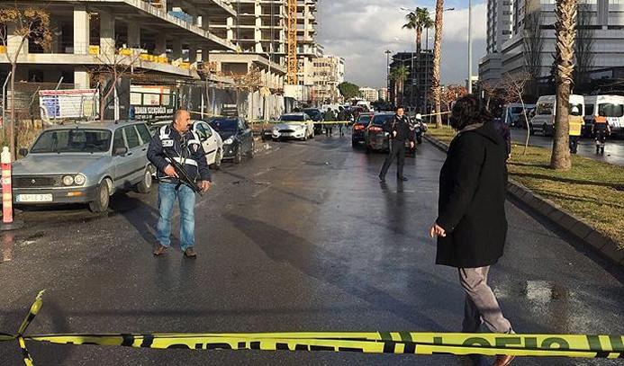 İzmir'de terör saldırısı: 2 şehit