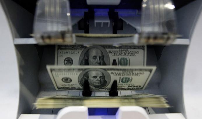 Dolar, 3.60'ın üzerindeki seyrini koruyor
