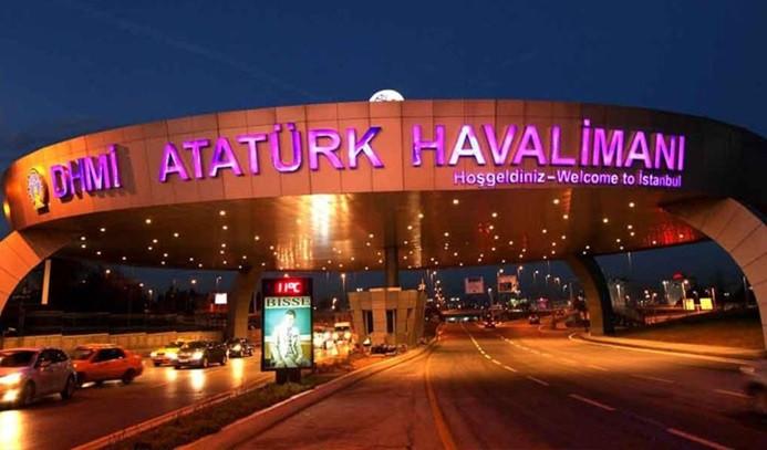 Atatürk Havalimanı yeniden hava trafiğine açıldı