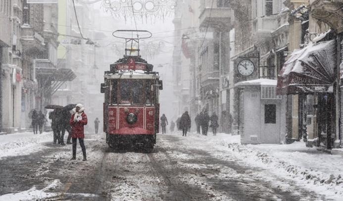 İstanbul'da kar yağışı etkili