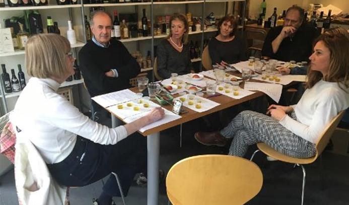 Türk zeytinyağı İngiltere'de tam not aldı