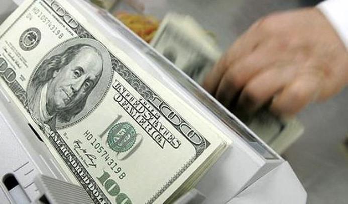 Dolar 3.65'in üzerine çıktı