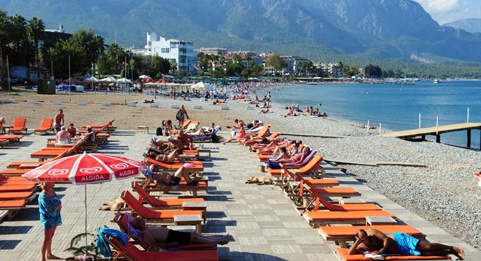 Antalya'da turist sayısı yüzde 19 geriledi