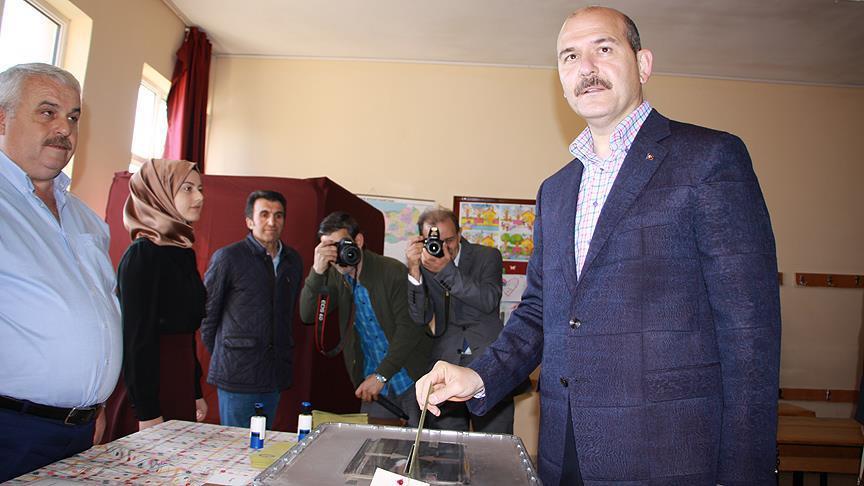 Soylu: Oy kullanma işlemleri sükunet ve güvenlik içerisinde başladı