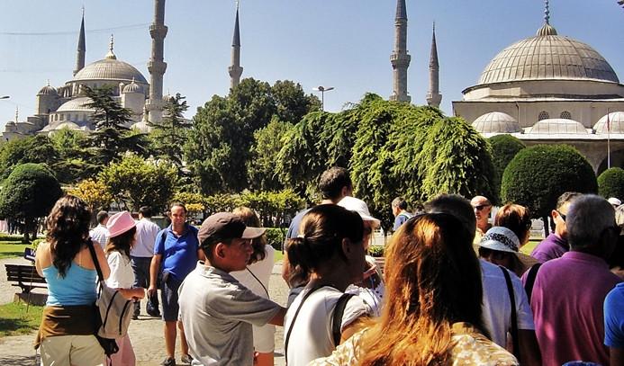 Turizm gelirleri ilk çeyrekte yüzde 17,1 azaldı