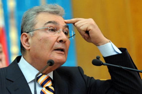 """""""AKP'li işadamları dışında kimse taslağı benimsemedi"""""""