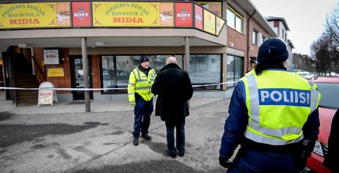 Pizza dükkanında 3 Türk öldürüldü