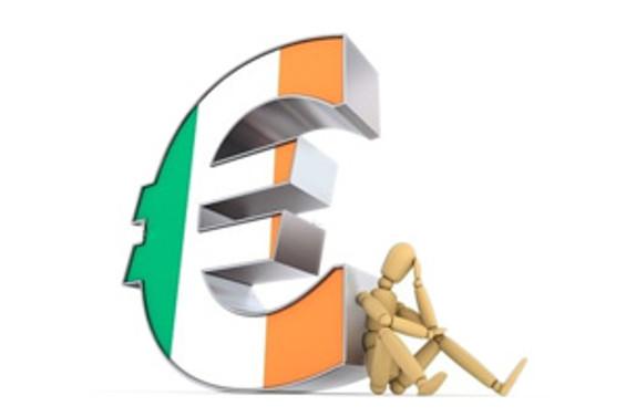 S&P, İrlanda bankalarının kredi notunu düşürdü