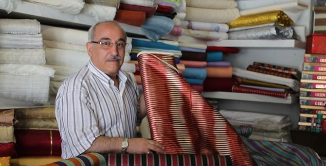 Dünya modasında 'kutnu kumaşı' rüzgarı esiyor