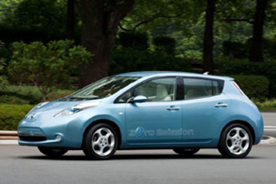 Elektrikli Nissan Leaf, yılın otomobili ödülü aldı