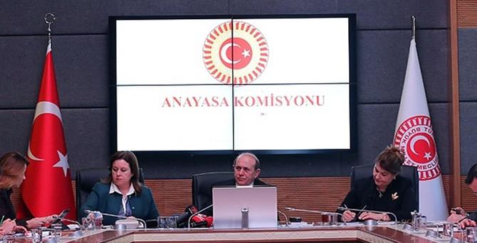 'Parti kapatma' değişikliği komisyondan geçti