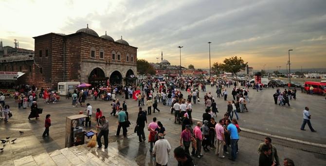 Eminönü'nde 'İç Güvenlik Yasa Tasarısı' eylemi