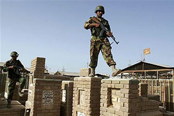 Zikar'daki üssü Irak kontrol edecek